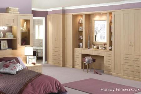 Henley Ferrera Oak