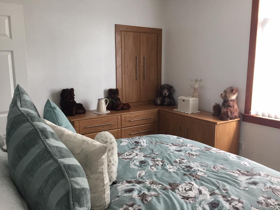 bedroom furniture 2b